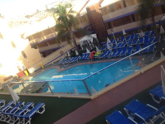 Playa Olid Apartments: One of the pools x
