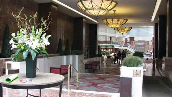 Washington Court Hotel on Capitol Hill : Washington Court Hotel Lobby