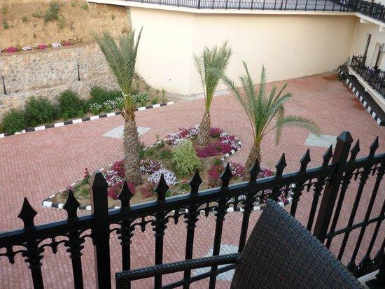Riverside Garden Resort: Another balcony view