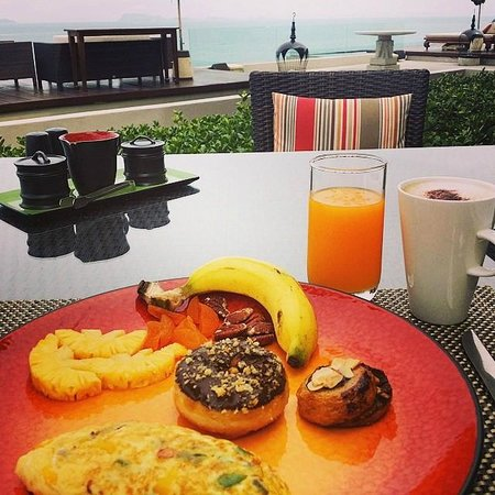InterContinental Samui Baan Taling Ngam Resort : Breakfast time