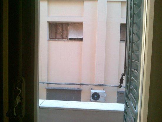 Hotel Garibaldi : Camera con vista