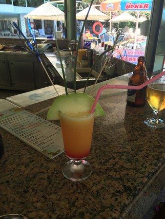 Flamingo Hotel : Newmans jiggy on the beach cocktail