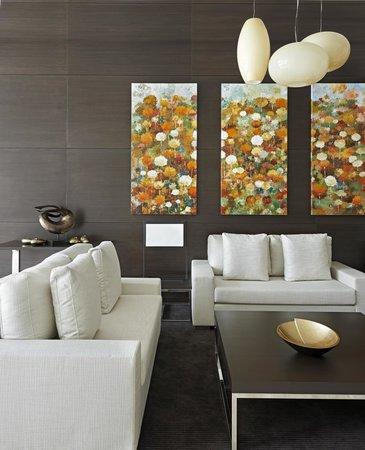 Hyatt Place Dubai / Al Rigga : Apartment lobby area