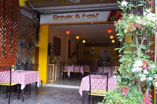 Break & Fast Restaurant