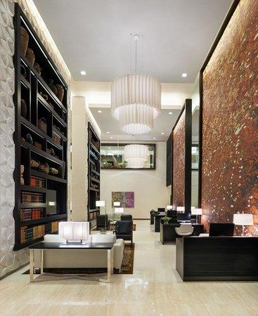 Hyatt Place Dubai / Al Rigga : E-Room with three computer stations