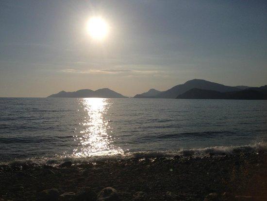 NOA Hotels Oludeniz Resort Hotel: Sonnenuntergang über Ölüdeniz