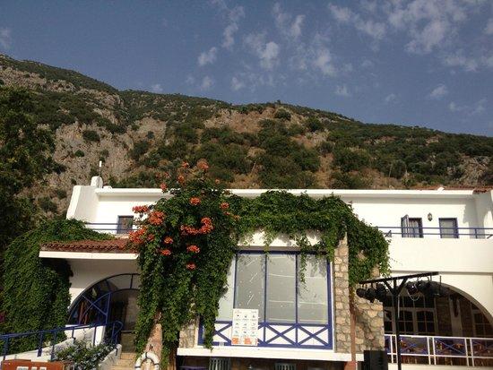 NOA Hotels Oludeniz Resort Hotel: Blick vom Hotel in Richtung Babadag