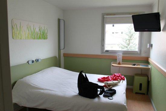 Ibis Budget Avignon Centre: ibis budget room1