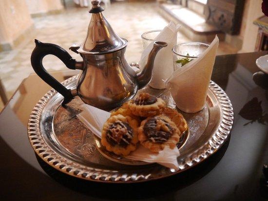 Riad Palais des Princesses: Mint Tea