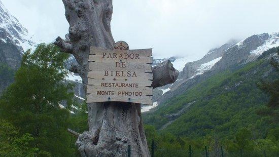 Parador de Bielsa : Entrada del Parador