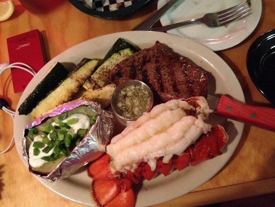 Stroke's Bar & Grill: Outstanding lobster tail! 11 oz of deliciousness and cooked yo perfection.