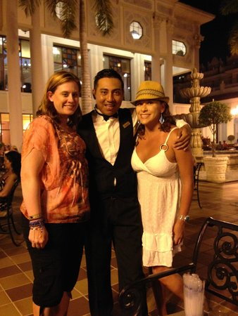 Hotel Riu Palace Riviera Maya: VICTOR!  Our favorite waiter