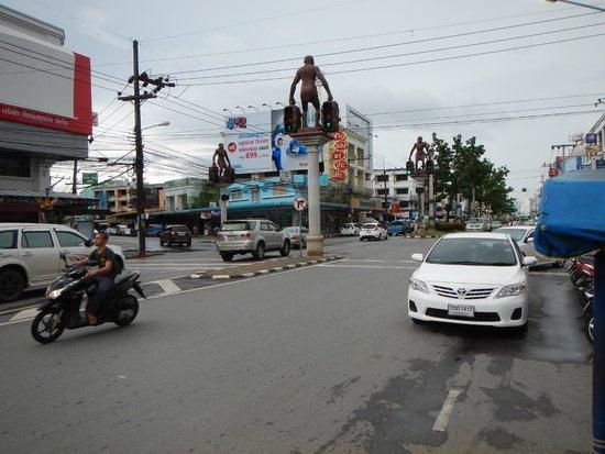 甲米镇交通信号灯