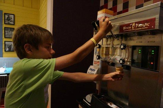 Club Med Sandpiper Bay: Автоматы с мороженым