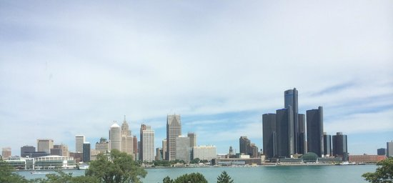 Travelodge Hotel Downtown Windsor: Good Detroit view