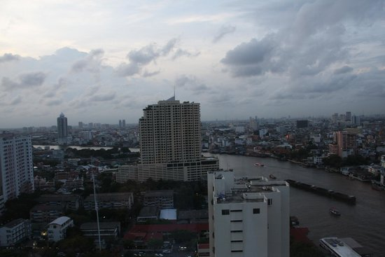 Millennium Hilton Bangkok : view from room