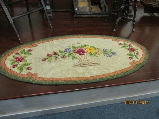 Les Trois Pignons: The original floral pattern