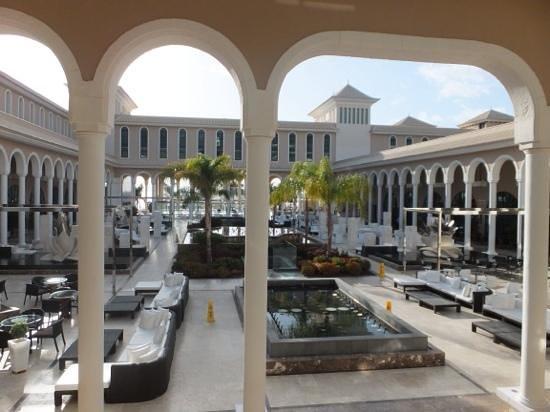 Gran Melia Palacio de Isora Resort & Spa: vamos a tomar una copita