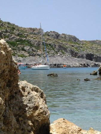 Emerald Hotel: Anthony Quinn Bay