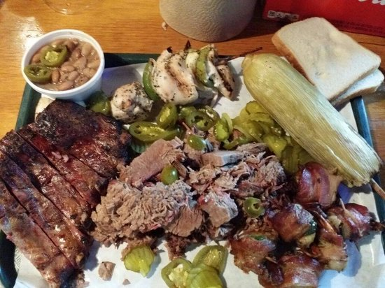 Hard Eight BBQ: Some serious BBQ from Hard Eight in Coppell.