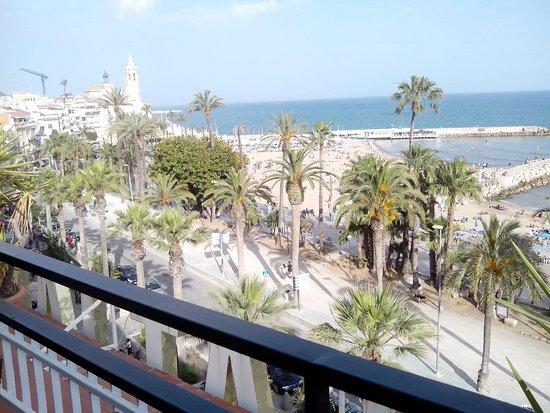Hotel Platjador: Vista desde el bar.