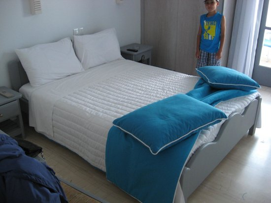 Blue Waves Hotel : Bedroom