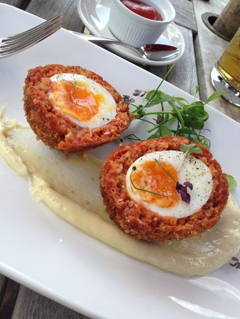 The Crown, Stoke By Nayland: The Chorizo Scotch Egg was Immense