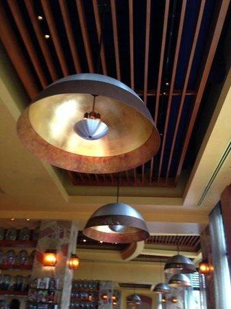 Mesa Grill : nice decor