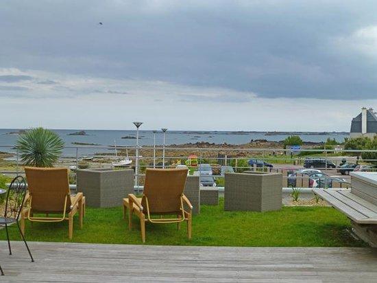 Best Western Plus Les Terrasses de Bréhat : kleine Ruheplätze mit Ausblick