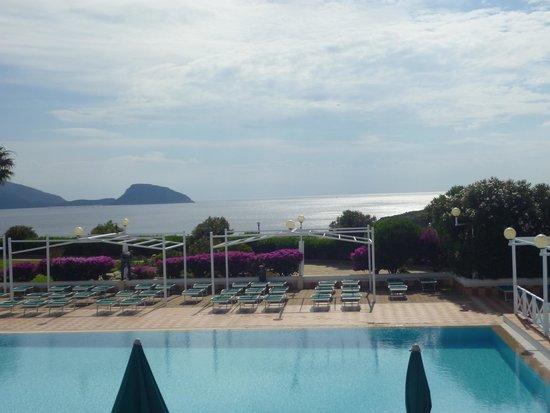 Club Hotel Baia Aranzos : Fantastica veduta da una terrazza del resort