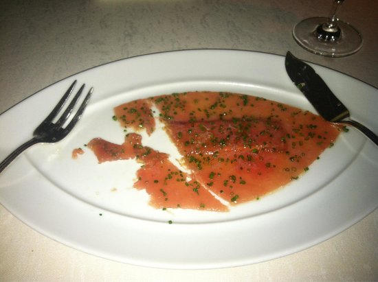 Blue By Eric Ripert: The salmon appetizer