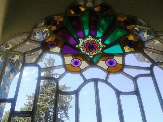 Torre Bellesguard Antoni Gaudi: ventana
