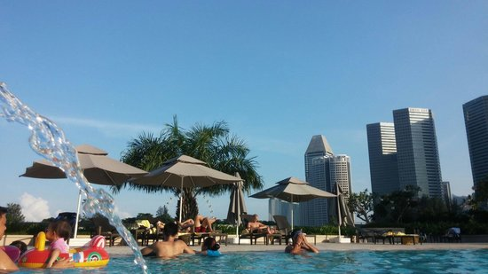 PARKROYAL on Beach Road: Pool View