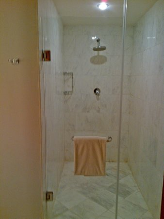 Amara Singapore Hotel: Bedroom