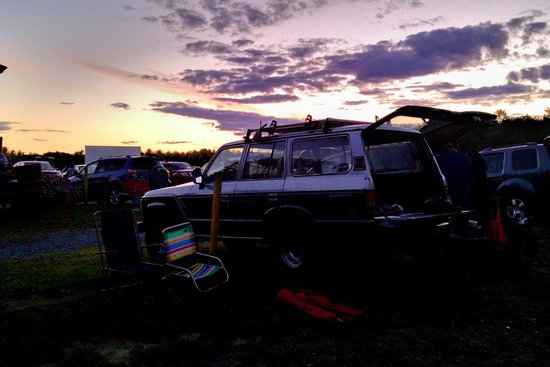 Malta Drive-In Theatre: 1988 Land Cruiser at a 1968 Drive-In