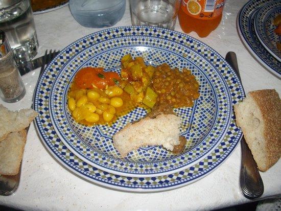 Restaurant La Medina: Starter plate with bread