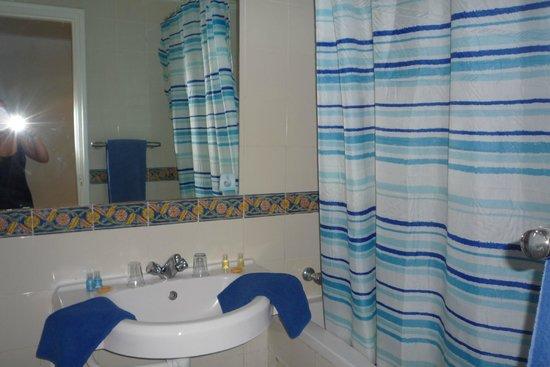 Sahara Beach Aquapark Resort : Bathroom