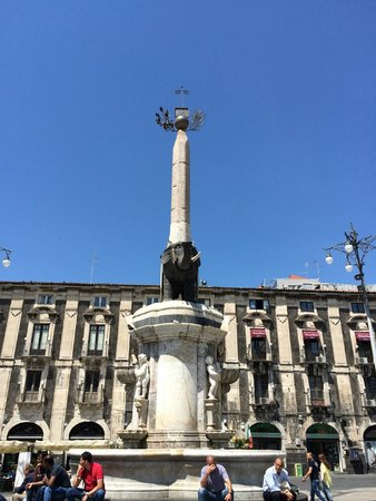 Piazza Duomo : Catania