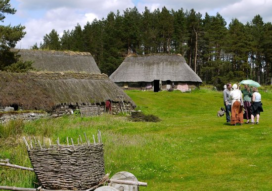 Highland Folk Museum : The older village