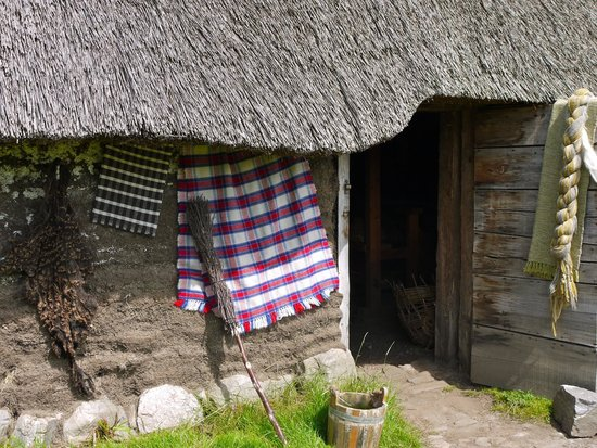 Highland Folk Museum: Detail of structure decoration