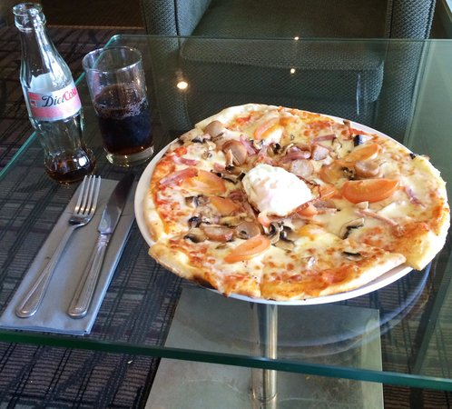 Radisson Blu Hotel, Dublin Airport: Irish Pizza