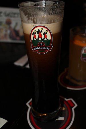 A les 3 brasseurs dark beer picture of les 3 brasseurs for Cocktail 3 brasseurs