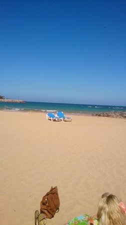Club Caleta Dorada: beach by the Atlantico shops