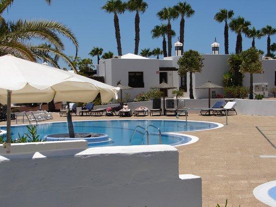 Jardines del sol hotel playa blanca espagne voir les for Jardin del sol