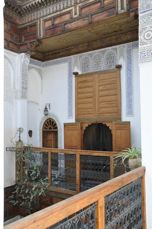 Riad Laayoun: Le 1er étage du Riad