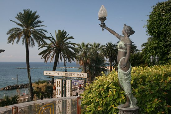 Royal Hotel Sanremo : The view from the Royal's garden