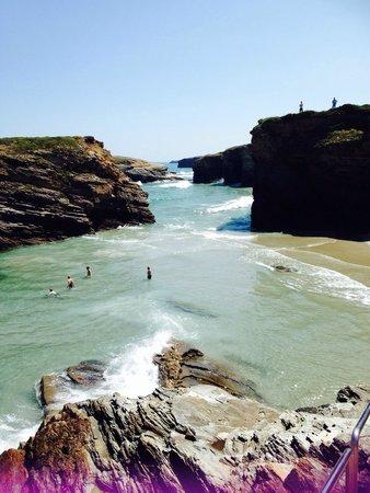 Ribadeo, España: Una playa preciosa.