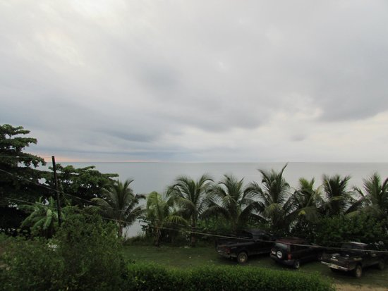BlueBelize: View from the veranda - storm brewing