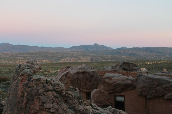 Kagga Kamma Nature Reserve: View from a Cave2