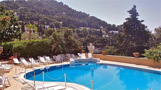 Hotel Mamela : Hotel Pool